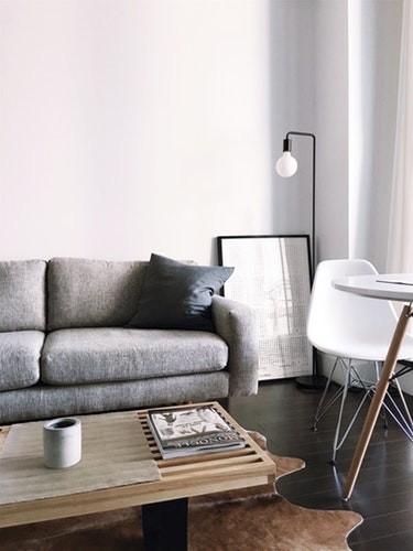Effective Tips To Arrange Furniture In Your Living Room