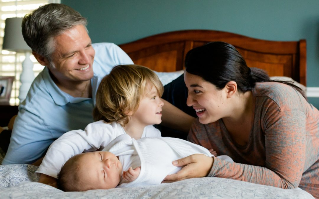 Learn How Busy Moms Can Organize Their Lives In An Easy And Effortless Way