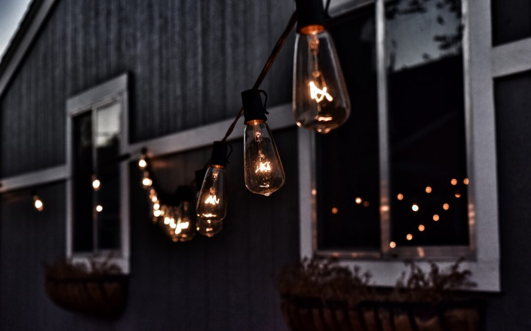 10 Neat DIY Outdoor Lighting Ideas For You