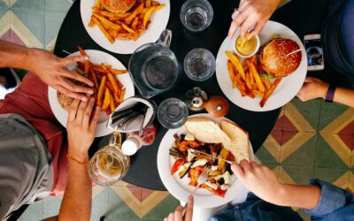 What Is The Best Day Of The Week To Eat Out On A Budget?